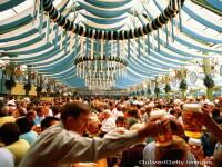 Cea mai mare sarbatoare a berii din lume, Oktoberfest, a inceput la Munchen. Nemtii se asteapta la 6 milioane de turisti