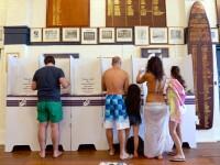 Revolta in costum de baie si papuci. Australienii au iesit lejer la vot, dar au schimbat puterea
