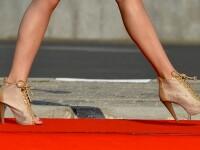 O femeie vrea sa stabileasca un nou record mondial. Va alerga timp de patru ore pe tocuri de 12 centimetri