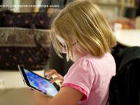 Ce efect are tableta asupra rezultatelor la invatatura. Manuale scolare unde in loc de exercitii sunt jocuri interactive