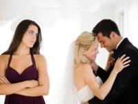 Gestul unei femei pentru ca iubitul sa nu o insele in vacanta din Ibiza. L-a obligat sa poarte un tricou cu un mesaj umilitor