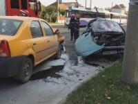 A incercat sa intoarca masina pe o linie de tramvai din Timisoara. Manevra periculoasa era sa-l coste viata