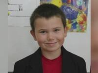 Mihai, copilul de 8 ani care a ajuns la spital dupa ce o poarta de fotbal s-a prabusit peste el, in stare critica