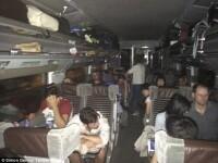 Eurotunelul, blocat de imigranti. Refugiatii africani au patruns pe sine si s-au urcat pe trenuri, ingrozind calatorii. VIDEO