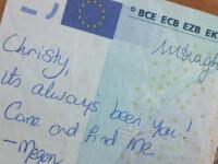 A vrut sa-si regaseasca iubitul pierdut cu un mesaj scris pe o bancnota. Ce s-a intamplat dupa ce imaginea a devenit un viral