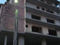Un adolescent din Bistrita a cazut de la etajul 6, dupa ce ar fi consumat substante interzise. Baiatul e in stare critica
