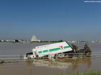 Imagini ca in filmele horror in Japonia devastata de ape. Peste 100 de persoane sunt blocate intr-un spital inundat