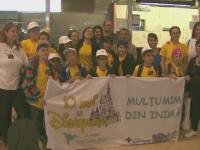 Aventura magica pentru 10 copii chinuiti de cancer. Dupa ani de terapie, au primit cadou o excursie la Disneyland Paris