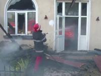 Gradinita din Arges distrusa complet intr-un incendiu. Cine se afla in interior cand au izbucnit flacarile