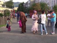 Impartirea a doua clase pregatitoare in functie de etnie a dus la scandal, intr-o scoala din Baia Mare. Politia a intervenit