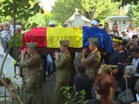 Corneliu Vadim Tudor, inmormantat dupa ce cavoul a fost SPART. Sute de oameni l-au condus pe ultimul drum