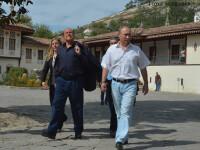Dosar penal din cauza unei sticle de vin bauta de Putin cu Berlusconi. Cat costa bautura nobila