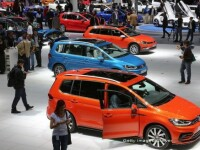 Volkswagen s-a prabusit pe bursa, scandalul se extinde in Europa. Posibila amenda de 18 miliarde de dolari in SUA