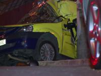 Un taximetrist a murit in Capitala dupa ce s-a izbit cu masina intr-un alt autoturism. Pasagerul sau a scapat cu viata