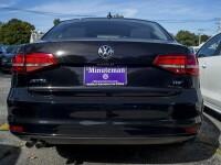Scandalul Volkswagen ia amploare. Suma uriasa pierduta de gigantul auto intr-o singura zi dupa prabusirea actiunilor