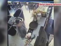 Un barbat a fost dat in urmarire generala pe Facebook. Cum ar fi furat un portofel cu 300 de lei, dintr-o cafenea