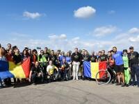 Klaus Iohannis s-a plimbat cu bicicleta alaturi de soldati romani raniti: