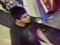 Bilantul atacului armat din mall-ul din SUA a ajuns la cinci morti. Agresorul inca nu a fost prins