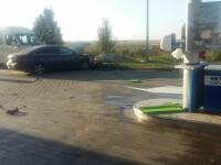 Panică într-o benzinărie de pe A2, după ce o șoferiță a spulberat o pompă de combustibil