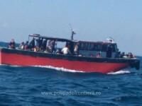 Pescador cu aproape 90 de persoane la bord, interceptat în apropierea ţărmului românesc al Mării Negre