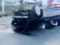Accident cumplit, cauzat de un tânăr teribilist. BMW-ul a zburat peste parapeți și a aterizat pe o dubă