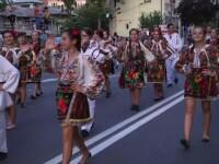 Paradă medievală, la Târgovişte. Copii s-au bucurat de