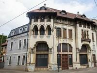 Cea mai veche farmacie cu laborator din Bucureşti, scoasă la licitaţie