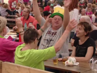 Oktoberfest: s-a dat startul petrecerii. Cu ce se vor delecta iubitorii de bere