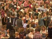 A început Oktoberfest, unul dintre cele mai mari festivaluri ale berii din lume