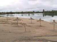 Primarii cer ajutoare pentru calamitate de la Guvern ca să refacă plaje sau saloane de nunţi