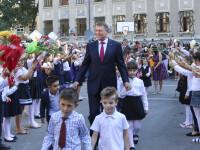Klaus Iohannis a trimis la CCR Legea privind educația sexuală a copiilor în școli