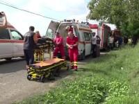 Doi bărbați au fost la un pas de moarte din cauza strugurilor din pivniță. Un vecin i-a salvat