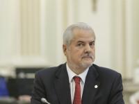 Adrian Năstase îl dă în judecată pe Klaus Iohannis după ce i-a retras decorația
