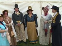 Paradă în costume din secolul 19, în UK, dedicată scriitoarei Jane Austen