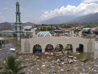 Dimensiunea dezastrului din Indonezia. Apă de 3 metri pe insula lovită de tsunami