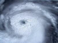 Prima victimă a uraganului Dorian - un băiat de 8 ani. Imagini din centrul furtunii