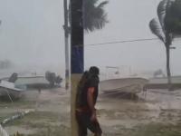 Uraganul Dorian se apropie rapid de coastele SUA.
