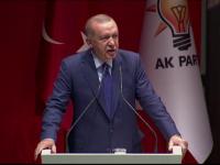 Erdogan amenință că va deschide porţile refugiaţilor sirieni spre Europa