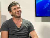 """Dragoș Bucur, prezentatorul emisiunii """"Visuri la cheie"""", infectat cu noul coronavirus. Care este starea lui de sănătate"""