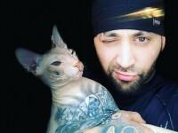 Un blogger rus își caută disperat pisica pierdută. Ce tatuaje are animalul pe corp