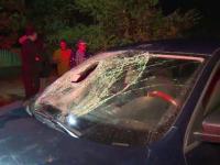 Bărbat rănit grav după ce a fost lovit de o mașină. De ce nu l-ar fi observat șoferul