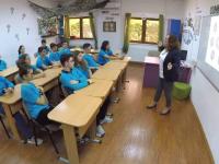 FEMEIA CA O PRADĂ. Singura școală din Capitală unde se vorbește despre violența domestică