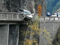 Bărbat mort după un accident pe Transfăgărășan. Șoferul ar fi vrut să se sinucidă. VIDEO