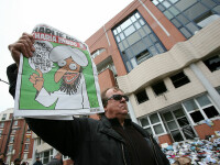 Charlie Hebdo, amenințat din nou de Al Qaida, după ce a republicat caricaturile cu Mahomed