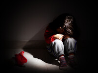 Copii ținuți în beci, înfometați și abuzați timp de opt ani. Ce s-a întâmplat cu părinții lor