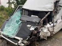 Dubă spulberată de TIR între Târgoviște și Ploiești. Ce s-a descoperit despre șoferul camionului