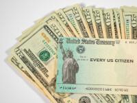 Sute de austrieci au primit din greșeală cecuri de 1.200 de dolari