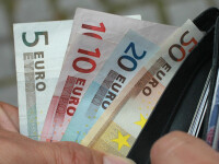 Românii trimit mai mulți bani în țară pentru începutul anului școlar. Unde se află cea mai activă comunitate