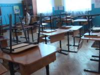 Profesor din Iași, depistat infectat cu coronavirus. Ar fi luat contact cu 70 de colegi