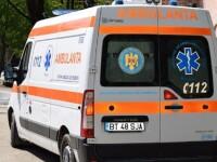 Motociclist băgat în spital, după ce a fost lovit de o maşină